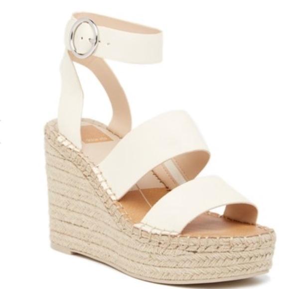 a49e7e113d5 Dolce Vita Shoes - NWOT Dolce Vita Shaun Platform Wedge Sandals